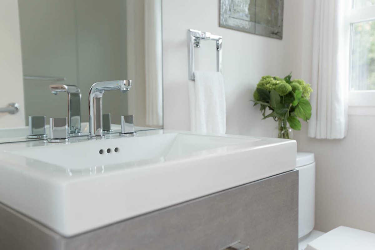 White and Grey Bathroom Design