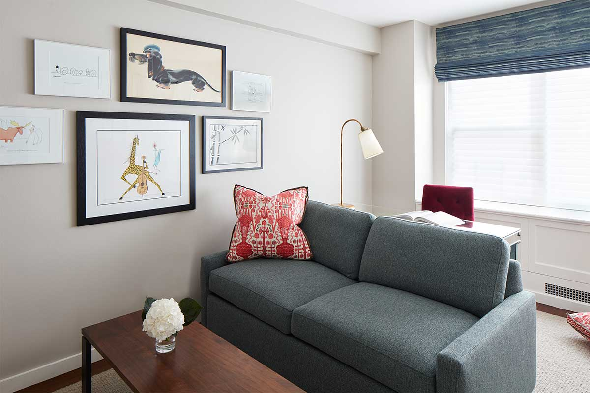 Gallery-Wall-in-New-York-Apartment