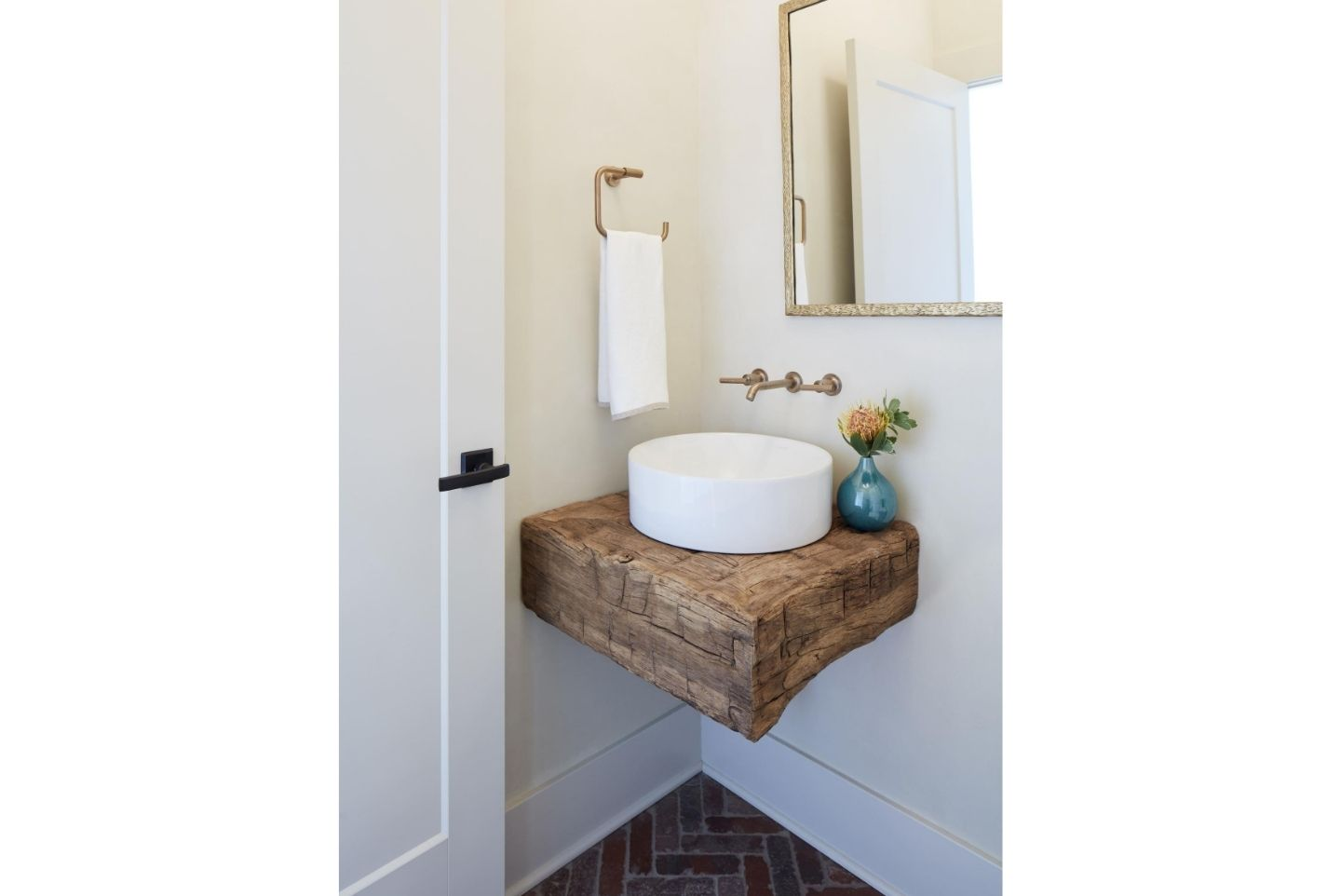powder room design rustic