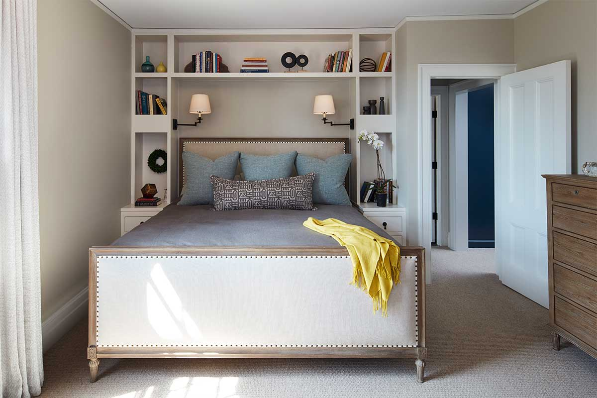 Master-Bedroom-Design-with-Shelves