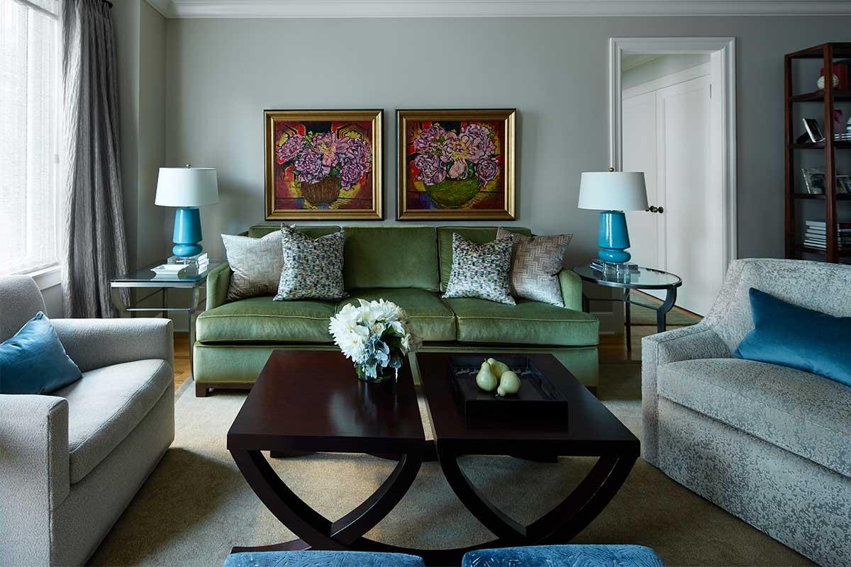Modern-Living-Room-Floral