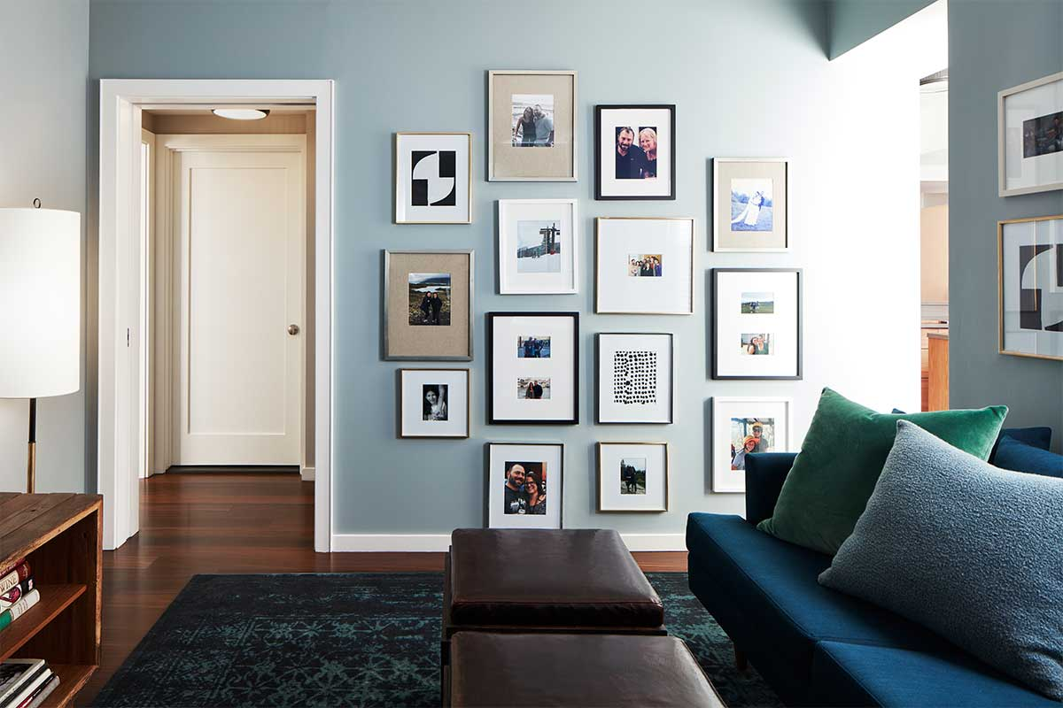 Gallery-Wall-in-Manhattan-Apartment