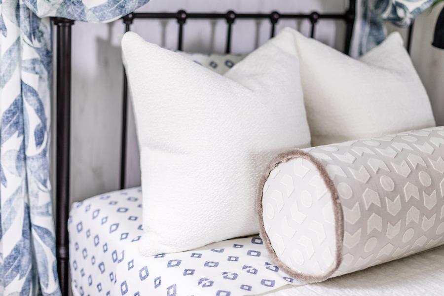 fabricut pillows